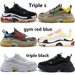 2019 сатинировка Роскошные пары тройная с тройной черной белой случайной обувью мужчины женщиной бежевой зеленый желтыми серыми розовым дизайнером мужских тренерами США 5.5-11