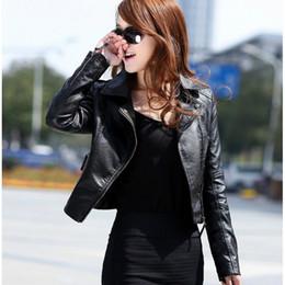 Sıcak Satış 2019 Yeni Kadın İlkbahar Sonbahar Ceket Siyah / Kırmızı Moda Kadın Ceket Ince PU Deri Kısa Dış Giyim Ceket Artı Boyutu cheap black leather jackets sale nereden siyah deri ceket satışı tedarikçiler