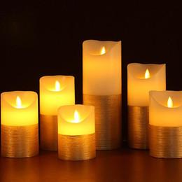 Pastel de boda del pilar online-3pcs / Lot oro y marfil Led Velas control remoto Pilar vela Velas Bouglé encendedor de la lámpara vela perfumada para la decoración de la boda
