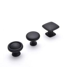 schwarze schrankknöpfe ziehen Rabatt Legierung Schwarz Runde Kabinett Knöpfe und zieht Möbelgriffe und zieht für Küchen- und Badschränke Kommodenschränke Schubladen Fensterläden