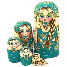baby schöne puppen Rabatt s 7 PC / Los schöne Puppe aus Holz Matrjoschka-Puppe-Kind-Geschenk russischen Verschachtelungs-Puppen-Baby-Spielzeug Mädchen Puppe Qualitäts-Spielzeug Hobbies
