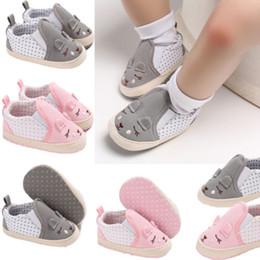 Niños zapatos de lona de dibujos animados online-Infant Toddler Kids Baby Boy Girls Girls Cute Cartoon animales estampados patrón de zapatos de lona de la niña antideslizante Casual 0-18 M