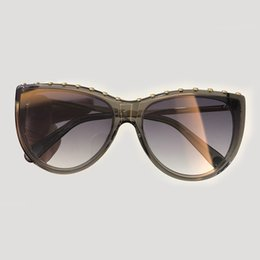9e72555345 2019 Hot Sale Brand Vintage sunglasses Oculos De Sol Feminino Retro Round  Metal Eyeware Luxury Urban Outfitters Sun Glasses Fashion