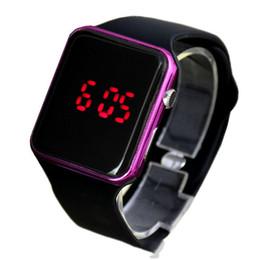 2019 дети привели спортивные часы Дети Спорт Повседневная LED Часы Дети Цифровые Часы Человек Армия Военные Силиконовые Наручные Часы Часы Hodinky Ceasuri Relogio Masculino дешево дети привели спортивные часы