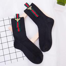 2019 носки для животных Женские повседневные носки с принтом пчел из хлопка и лодыжки. Симпатичные спортивные чулки.
