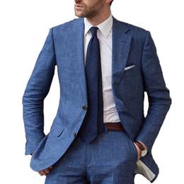 2020 abiti di lino disegni uomini Nuovi disegni di arrivo Blue Beach Linen Men Suit Slim Fit 2 pezzi Smoking personalizzato Blazer Groom Prom Suit Masculino Jacket + Pants sconti abiti di lino disegni uomini