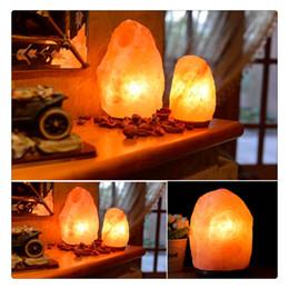 2019 himalayan salzlampen 2019 New Salt Lamp Dimmable Handgefertigte Naturkristall Himalaya mit Holzsockel Erstellen Sie eine beruhigende Bernsteinfarbe Innendekoration rabatt himalayan salzlampen