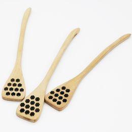 2019 cuchara en forma de cucharón Cuchara de madera Cuchara de miel Creativa Forma de nido de abeja Mango largo Miel Barra de mezcla Cocina Café Agitador Vajilla rebajas cuchara en forma de cucharón