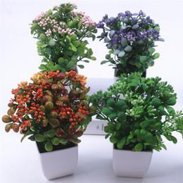 Plantas de mesa de escritório on-line-Pérola fruta bonsai planta artificial com vaso de plástico planta simulação conjunto de decoração para casa acessórios de mesa decoração do escritório