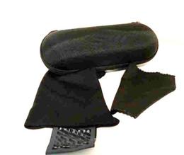 Gancho do saco do homem on-line-Caso difícil Zipper Gancho MAN Óculos De Sol Caixa de Compressão Óculos Caso saco de pano Preto De Metal De Plástico Esportes óculos de sol caixa de caixa frete grátis