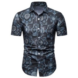 Envmenst 2019 Verano Nuevos Hombres Camisa de moda de manga corta con solapa de impresión Camisa delgada Versión coreana Casual Tops para hombre ropa masculina desde fabricantes