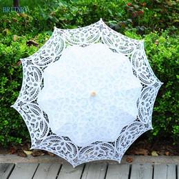 Sombrilla de algodón online-Venta al por mayor moda hecho a mano paraguas de algodón de la boda paraguas de encaje bordado beige blanco paraguas de la boda