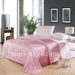 2019 luz verde consolador conjuntos Rosa Melhor Qualidade-Frete Grátis-100% de Seda de Amoreira Inverno Cobertor Edredom Colcha Comforter Twin210X150cm Ou Fazer Qualquer Tamanho --- 500GSM
