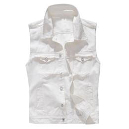 mode für junge männer Rabatt Die neue Mode-Denim-Weste der jungen Männer beiläufige Cowboy-Knopf-Taschen-ärmellose Jacken-Weste-männlicher modischer Behälter plus Größe M-5XL N20