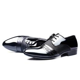 43c9b0698 Zapatos casuales de hombre Zapatos de vestir para hombre Zapato plano para  hombre de negocios Negro Marrón Transpirable Low Top para hombre Formal  Calzado ...