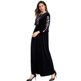 Vestidos casuales turcos online-Islámico Adulto Ocasional flores bordado terciopelo Traje Musulmane Turco Dubai Moda Abaya Musulmana Vestido Batas Culto abaya Wq944