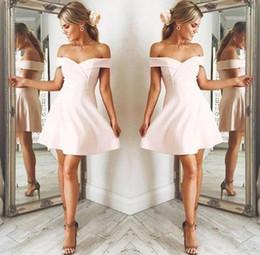 Shorts de renda sexy on-line-Novo rosa pálido fora do ombro vestidos de festa meninas vestidos de festa curtos sexy mini saia a linha mini prom ocasião vestido júnior