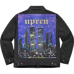 19SS New Yorker Nachtszene Box Logo Printed Jeansjacke Frauen Männer Paar Outdoor Street Mantel beiläufige Art und Weise Knopf Skate Jacken HFHLJK054