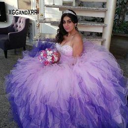 Princesa Longo Vestido de Baile Quinceanera Vestidos para 15 16 Meninas Doce Vestido Gradiente Cor Querida Fora Do Ombro Ruffle Inchado de Fornecedores de imagens 15 vestidos azul roxo