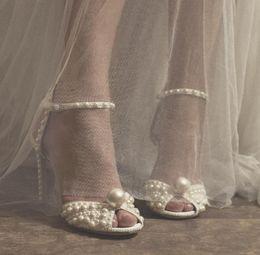 2019 Lusso Perle Scarpe da sposa 3.9 pollici Tacchi alti Lusso brillante testa di pesce Scarpe da sposa Vera pelle Sandali Partito Scarpe per le donne da