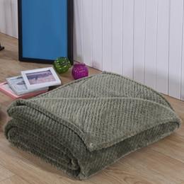Одеяло кроватки мальчика онлайн-Decorative Soft Unisex Outdoor Coral Fleece Stroller Crib Newborn Receiving Boys Girls Travel Baby Blanket Fuzzy Infant Fluffy