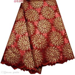 Deutschland Heißer Verkauf Bestnote Red Gold African Handcut Organzaspitze Nigeria Garten Nähen Spitze Stoff mit viel Farbe Pailletten 5 Yards F4-307 cheap red color lace fabric Versorgung