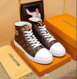 2019 Hot New Upscale Luxury 01 männliche Freizeit-Stiefel schnüren sich oben High Top Sneakers Mode Marke Flache Sohle lässig Für Männer Schuhe Top-Qualität von Fabrikanten