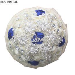 2019 bouquet di lusso Avorio e blu royal Bouquet da sposa damigella d'onore fatto a mano rosa bouquet da sposa di lusso con cristallo elegante rosa artificiale per le donne bouquet di lusso economici