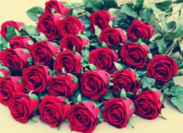 Красные розы искусственные цветы стебель онлайн-Экологичный Искусственный Velet Розы Цветок Одиночный Стебель Цветы Красной Розы с Зеленым Листом для Свадьбы Главная Вечеринка Декоративный Цветок