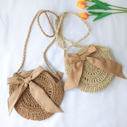2019 bolsas de hombro de paja de verano Bolso de bandolera de bowknot de paja verano bohemio playa de viaje al aire libre bolso de viaje bolsa de hombro de moda bolsas de monedas FFA2063 bolsas de hombro de paja de verano baratos