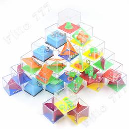 Bambini palle di plastica online-Il più caldo Decompression Balanced Ball Maze Toy Pressure Ridurre la sfida Bored Creative Toys Mini Plastic Puzzle Model Kids toys