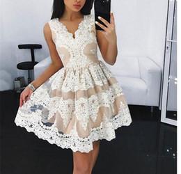 quinceanera sweetheart formal homecoming Desconto Encantador Curto Branco Bonito Lace Homecoming Vestido Mini Vestidos de Festa À Noite Doce 15 Menina Especial Ocasião Dresse