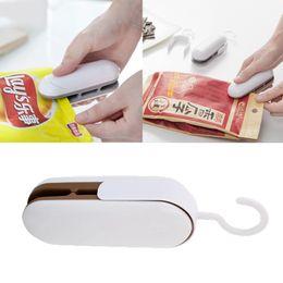Mini portátil Food Sealer máquina portátil Food Snacks embalagem a vácuo Plastic Bag Selagem máquina Fechando Capper de
