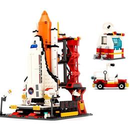 2019 giocattoli centro Gudi 8815 679 pz Città Spaceport Space The Shuttle Launch Center Mattoni Building Block Giocattoli educativi per bambini Leoingly MX190731 giocattoli centro economici