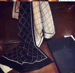 Sciarpa di cashmere invernale di lusso Pashmina per le donne Designer di marca sciarpa calda Moda donna imitare Sciarpa di cashmere di lana lungo wrapping 180x70cm da