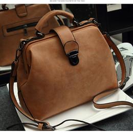 женская кожаная сумка для врача Скидка 2019 новое ретро докторская сумка Сумка-леди Сумочка на плечо Кожаная сумка-скраб1