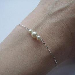 dames ornements de perles Promotion Or / Argent Perles D'imitation Accessoire Bracelet Chaîne Femmes Bijoux De Mode Charme Dame Poignet Ornements Pour Le Cadeau