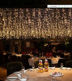 2020 luces de navidad seguras 16M exterior x 0,8 M 512 LED cortina de la secuencia de las luces 24V voltaje seguro fiesta de Navidad decoración de la boda de vacaciones en Garland luz de hadas luces de navidad seguras baratos