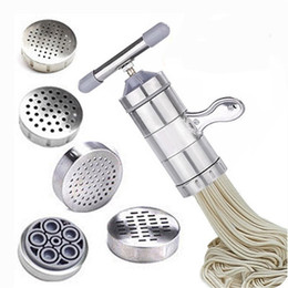 Máquinas de fideos online-Acero inoxidable Pasta de fideos Manual de la máquina del fabricante de prensa fresco Home espaguetis robot de cocina de repostería Noddle que hace las herramientas de cocina