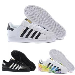 Adidas 2018 Stan smith Superstar 2019 Super Star White Hologram Iridescent Junior Superstars 80s Pride Womens Mens Trainers Superstar Casual Shoes Size 36-45 desde fabricantes