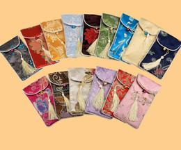 caja del teléfono de seda Rebajas 17x9cm Cubierta del teléfono celular de seda Bolsa de la bolsa móvil Bolsa de regalo tradicional china color mezclado