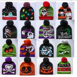 sombrero de invierno muñeco de nieve Rebajas Gorros de pompones luminosos LED Sombreros de punto de invierno Unisex Crochet Skull Caps Navidad Muñeco de nieve Navidad Calabaza de Halloween Fantasma Sombreros de dibujos animados B82103