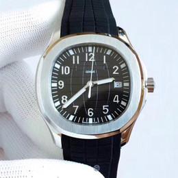 Reloj automático con respaldo de vidrio online-Top de lujo Aquanaut Nautilus Sports 5167A U1 Relojes Hombres Relojes de movimiento automático Dial negro Volver Correa de goma Relojes de pulsera para hombre