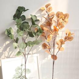 bouquet di erbe artificiali Sconti Piante artificiali Foglie verdi di ginkgo Giardino Decorazioni per la casa Bouquet Pianta autunnale di erba artificiale