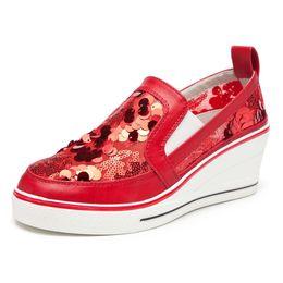 2019 sandali con scarpe basse Nuove donne sandali con zeppa Mesh Hollow traspirante Donna Bling Low Top Shoes tallone spesso aumentare l'altezza della piattaforma Casual Sneakers sandali con scarpe basse economici