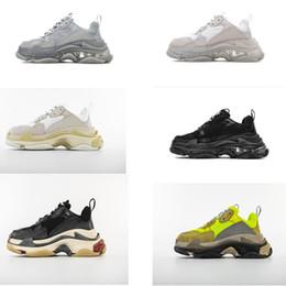 2019 TOP TOP Triple S Uomo e donna Retro Scarpe causali Scarpe uomo Scarpe sportive di alta qualità Stivali sportivi Sneakers da donna supplier quality mens boots da stivali mens di qualità fornitori