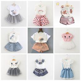 2bc6e8cc3 Ropa de bebé niña Moda Conjunto de ropa de verano para niñas de dibujos  animados Trajes de bebé Camiseta para niños + Pantalones Ropa para niños  Conjunto de ...