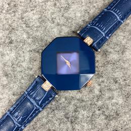 2019 новая мода дизайн стиль женщины кожаные часы фиолетовый/синий/черный Леди партия часы роскошные кварцевые часы известный высокое качество Бесплатная доставка от