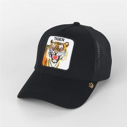Подарочное солнце онлайн-Роскошные Болл Caps Mesh бейсболки Мода Вышивка Тайгер Животные шапки лето Открытый ВС Hat Mens Golf Ball Cap Женщины Visor Lovers Подарки
