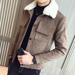 Xs uomini in giacca di cuoio faux online-2018 nuovo calore invernale appassionato giacca in pelle scamosciata foderata in cotone collo con cappuccio in pelliccia sintetica cappotti da uomo cappotti extra-pesanti